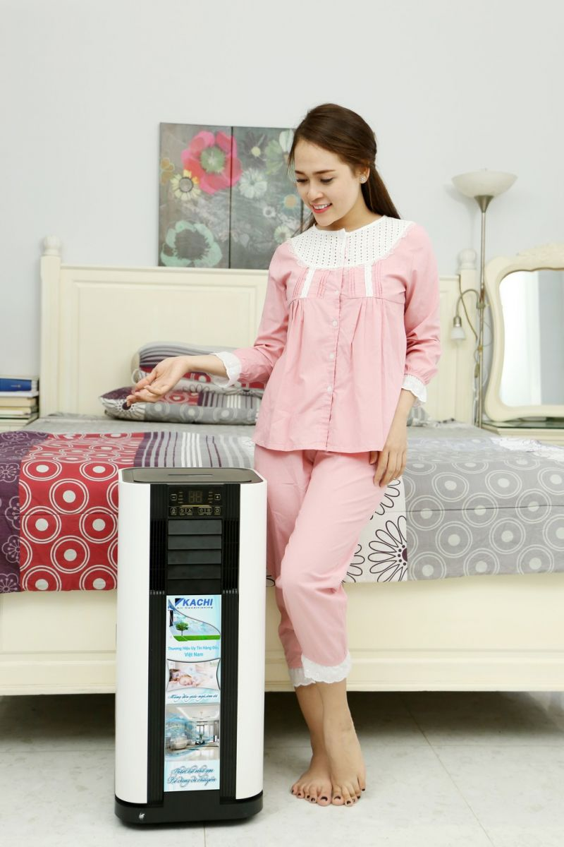 máy làm lạnh di đông kachi tiện lợi, dễ dàng di chuyển